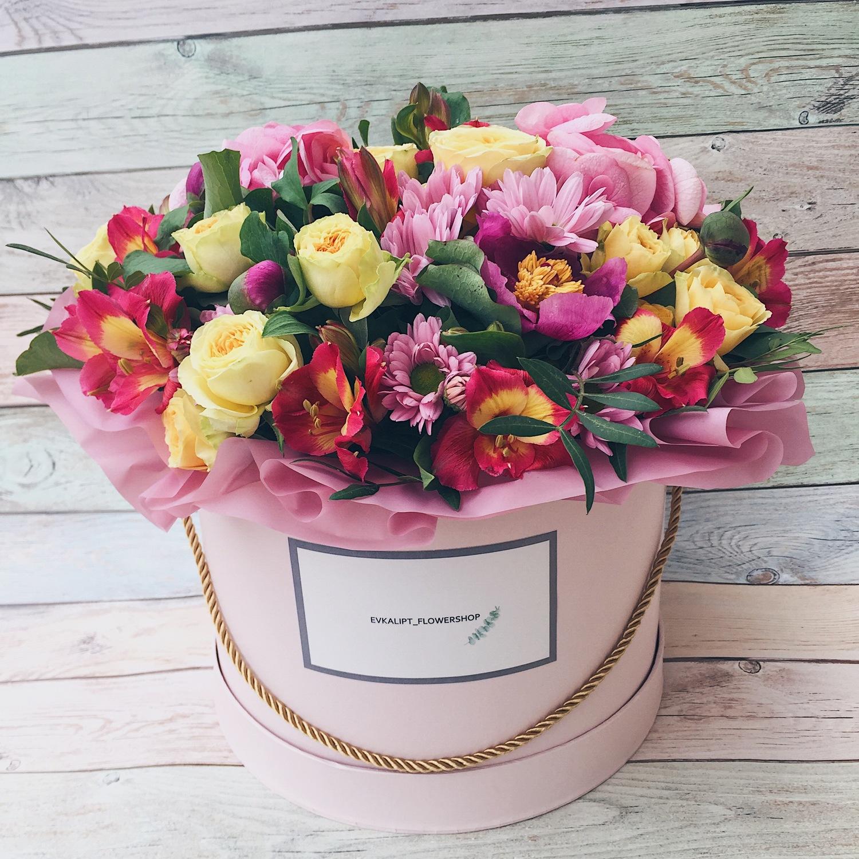 Упаковка, ссылки на красивые букеты цветов в коробках фото
